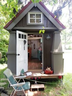 Tiny house cottage homes gardens sheds дом мечты, миниатюрны Tiny House Swoon, Tiny House Living, Tiny House Plans, Tiny House On Wheels, Tiny House Exterior, Interior Exterior, Tiny House Movement, Bungalow, Cabana