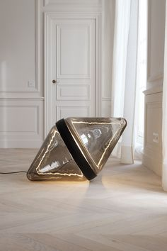 Maison & Objet 2016 : Lampe Hollow, Dan Yeffet (Wonderglass chez Gallery S. Bensimon)