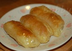 Pastelillos de Queso ~ Quesitos made on easy to make will make again didn't look like in the pic as cheese bubbled out but really good Puerto Rican Cuisine, Puerto Rican Recipes, Cuban Recipes, Sweet Recipes, Easy Recipes, Boricua Recipes, Comida Boricua, Spanish Desserts, Spanish Dishes