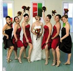Stunning Wedding Red, Black & White ☆ Bride and Bridesmaids - Time for Funny Picture