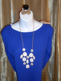 Radiance necklace and Gold Lace earrings