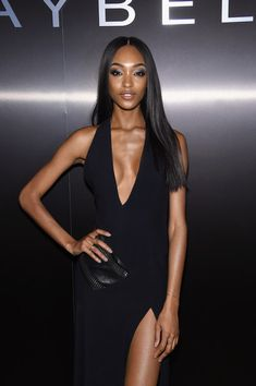 Model Jourdan Dunn attends Maybelline NYFW Welcome Party at PHD Terrace at Dream Midtown on February 12 2017 in New York City Jourdan Dunn, Welcome To The Party, Fashion Books, Powerful Women, Maybelline, Stuff To Do, Women Wear, Vogue, Bodycon Dress