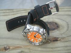 Seiko Monster, Popular Watches, Seiko Watches, Orange, Cool Watches, Monsters, Classic, Accessories, Style