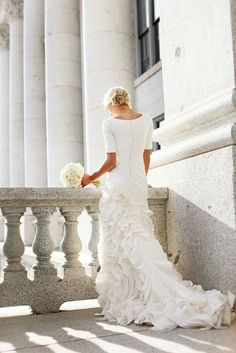 TESSA BARTON photography - Love the back shot and how the dress seems to sway to one side. Shot at the Utah State Capital.