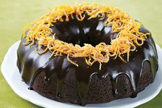 Chocolate Orange Bundt Cake—Chocolate-orange is a classic holiday flavour combination. The bright candied zest on top perfectly complements the chocolate chunks hidden within the cake. Chocolate Orange Bundt Cake Recipe, Amazing Chocolate Cake Recipe, Decadent Chocolate Cake, Chocolate Recipes, Chocolate Cakes, Delicious Chocolate, Delicious Food, No Bake Desserts, Just Desserts