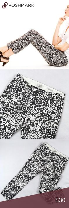 """J. Crew Favorite Fit Snow Leopard Print Pants J. Crew Favorite Fit pants in Snow Leopard pattern.  In like new condition.  Stay stitching in front and back pockets is still intact.  97% cotton, 3% spandex.  Flat lay measurements: waist 15 1/2"""", inseam 26 1/2"""". J. Crew Pants Ankle & Cropped"""