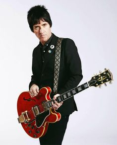 Johnny Marr with his cherry-red Gibson 335