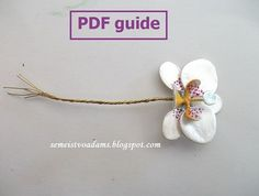 You enjoy making wire flowers with nail polish?! You want to learn the right technique to make them?! Learn how to make beautiful compositions in order to make your own jewelry, surprise your friends with a handmade present or even start your own small business! A step-by-step tutorial on how to make an orchid from wire and nail polish PART 2; PART 3 ; PART 4 There is a total of FOUR parts. Part 2 : In this guide we show you how to apply the nail polish and assemble the petals of the…