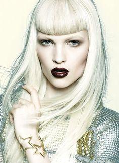 Fashion Editor Fiona Green und Hair-und Make-Up Artist Greg Wencel probierten für das Flare Magazine