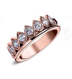 Zeina Alliances : Preview Nouveautés 2017 / Daenarys. #Zeinaalliances #Zeinaworld #Mariage #Joaillerie #Alliances Heart Ring, Creations, Wedding Rings, Engagement Rings, Jewels, Fashion, Art Deco Ring, Engagement Ring, Engagements