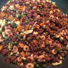 Red Thai Rice with vegetables and shrimps - Riso Thai Rosso Con Verdure e Gamberetti - PeperonciniPiccanti.com #thai #rice #curry #shrimps #red #food #foodie #eclectic #asian #recipe