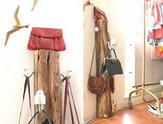 Garderobe aus Zaunpfahl und Porzellan-Isolatoren / Wardrobe made from old trunk and porcelain insulators / Upcycling
