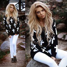 Romwe Cross Sweater, River Island White Pants