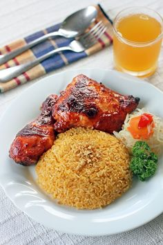 Aristocrat Style Chicken Barbecue Barbecue 10 pcs chicken legs and thighs 2 tbsp oil 2 tbsp cornstarch ½ cup water Marinade 1 cup tomato catsup (it's called tomato sauce here in NZ) 1 can 7-Up or Sprite 1 cup Philippine soy sauce ½ cup sugar 1 whole garlic, minced 3 tbsp lemon juice 1 tsp freshly ground black pepper