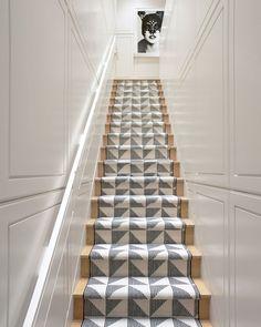 Die 7 Besten Bilder Von Treppenteppich Stairway Carpet Staircase