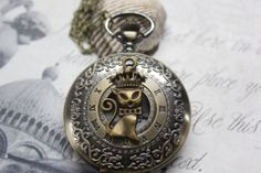 Selling the crown cat necklace antique bronze retro by yydaygmo, $4.15