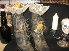 decorated witch boots one boot has a mouse one has a frog moss cinnamon grungy lace and a potions tag and fancy iron key Halloween Art, Spirit Halloween, Halloween Costumes, Witch Boots, Country Primitive, Fall Decorating, Animal Party, Hallows Eve, Primitives