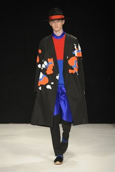 Look 19 London Fashion Week Mens, Mens Fashion, Savile Row, Brand Collection, Street Style Looks, Fashion Labels, Couture Fashion, Gq, Knitwear