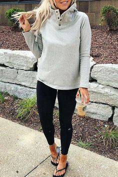 High Collar Loose Button Hoodie - S light grey Mom Style Fall, Casual Mom Style, Long Shirt Outfits, Sporty Outfits, Young Mom Outfits, Fall Workout Outfits, Leggings Outfit Winter, Types Of Fashion Styles, Shoulder Sleeve
