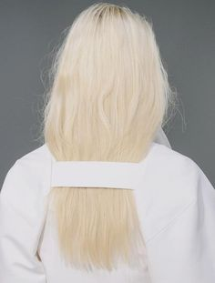 Can't believe getting your hair stuck is now a fashion 'thing' (margiela) #hahafashion
