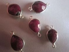 NATURAL  RUBY ZOSITE PEAR STERLING SILVER 5 PCS CONNECTORS 12.13MM TO 11X15MM 39 CTS