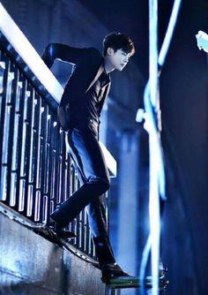 "Dorama ""W - two worlds"", Kang Chul, Lee Jong Suk W Kdrama, Kdrama Actors, Asian Actors, Korean Actors, Actors Male, W Two Worlds Art, W Two Worlds Wallpaper, W Korean Drama, Jun Matsumoto"