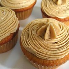 apple cider cupcakes - great for fall!