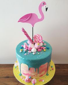Flamingo themed baby shower cake for the lovely Vanilla coconut sponge with a dark chocolate ganache filling. Flamingo Party, Flamingo Cake, Flamingo Birthday, Luau Birthday, Chocolate Ganache Filling, Drip Cakes, Pretty Cakes, Creative Cakes, Baby Shower Cakes