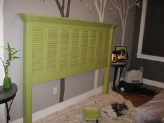 DIY headboard out of old shutters. Too bad old shutters are a hot commodity. Headboard Tutorial, Home Projects, Diy Furniture, Custom Homes, Diy Shutters, Home Decor, Old Shutters, Bedroom Decor, Home Diy