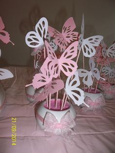 Girl Baby Shower Decorations, Baby Shower Centerpieces, Party Centerpieces, Butterfly Birthday Party, Butterfly Baby Shower, Butterfly Decorations, Butterfly Crafts, Girl Shower, Paper Flowers