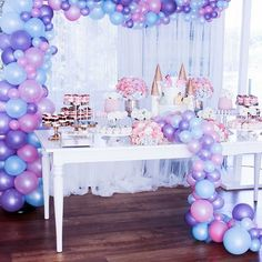 Pastel pearl balloons for a princess theme kids party Disney Princess Birthday Party, Princess Theme, Pink Parties, Birthday Parties, Princess Balloons, Princesa Sophia, Baby Girl Shower Themes, Paris Party, Baby Girl Birthday
