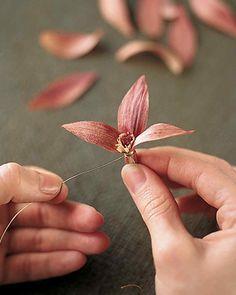 How to Make Cornhusk Flowers