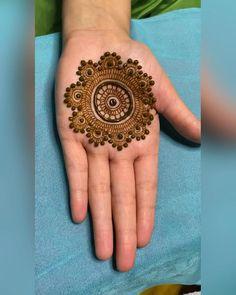 Pretty Henna Designs, Modern Henna Designs, Henna Tattoo Designs Simple, Indian Mehndi Designs, Latest Bridal Mehndi Designs, Full Hand Mehndi Designs, Stylish Mehndi Designs, Henna Art Designs, Mehndi Designs For Beginners