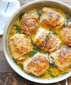 Fan de poulet ? Mais vous ne savez plus comment impressionner vos proches ? On vous donne quelques idées avec ces 10 recettes qui vont vous faire saliver ! Aussi bien pour le dîner que p...