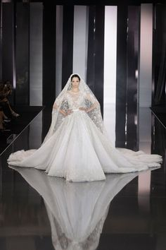Ralph et Russo automne hiver 2014 2015 fashion week Paris robe de mariée Wedding dress