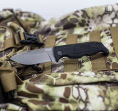 Zatvárací nôž P22 čierny, Walther