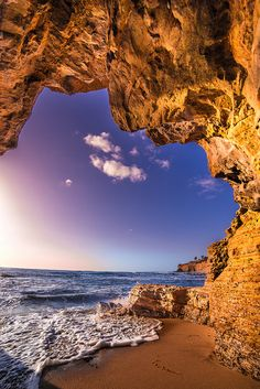 Sandstone Cave - Point Loma, near Sunset Cliffs, San Diego, California