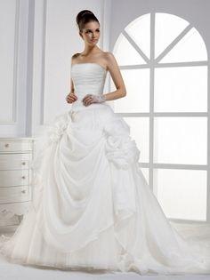 romantische xxl Brautkleider