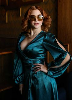 Renee Olstead attends the Lambda Legal's Young Leadership Council Presents Love Lounge http://celebs-life.com/renee-olstead-attends-lambda-legals-young-leadership-council-presents-love-lounge/  #reneeolstead