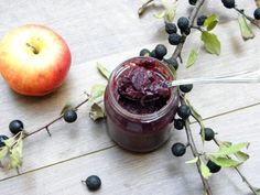 Almás kökénylekvár - Kifőztük, online gasztromagazin Mojito, Feta, December, Marmalade, Plum, Canning, Fruit, Plants, Home Canning