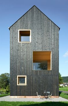 Blackened timber house by Bernardo Bader Architekten (Architecture) Wood Architecture, Residential Architecture, Contemporary Architecture, Modern Barn, Modern Farmhouse, Wooden Facade, Timber Cladding, Timber House, House In The Woods