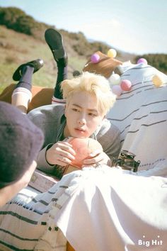 BTS - JIN seriously tho this hair color looks so good on him