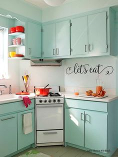 5 Satisfied Tips: Simple Kitchen Remodel Painting Cabinets old kitchen remodel ideas.Tiny Kitchen Remodel Dishwashers u shaped kitchen remodel.Condo Kitchen Remodel Tips. New Kitchen, Kitchen Dining, Kitchen Small, Aqua Kitchen, Pastel Kitchen, Medium Kitchen, Small Kitchens, Retro Kitchens, 1950s Kitchen