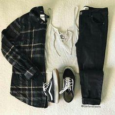 🌌Scott McCall 🌌Stiles Stilinski 🌌Derek Hale 🌌Isaac Lahey 🌌Peter Hale 🌌Theo Raeken 🌌Jackson Whittemore 🌌Aiden y Ethan Steiner 🌌Derek Hale (joven) 🌌Pet. Teen Wolf Outfits, Teen Fashion Outfits, New Outfits, Winter Outfits, Scott Mccall, Stiles, Fandom Outfits, Neutral Outfit, Korean Street Fashion