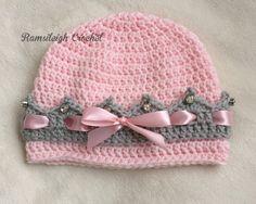 gehäkelte Prinzessin-Mütze mit Kronenrand
