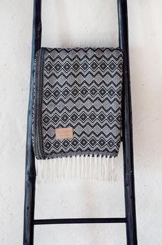 Alpaca Wool Blanket  INK par OfStories sur Etsy