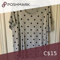 Polka dot tshirt Bough from winners for $20, worn once. Great shirt, very soft. I just don't reach for it. Tops Tees - Short Sleeve Diesel T Shirts, Oak And Fort, Striped Wedding, White Strips, Long Sleeve Tunic, Ribbed Sweater, Floral Maxi Dress, Workout Tops, Polka Dots