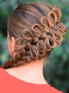 fonott frizurák - diagonális masni fonás