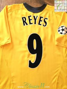 Official Nike Arsenal away football shirt from the 2005/06 European season. Complete with Reyes on the back of the shirt in official Lextra lettering, and Champions League patch on the sleeve.