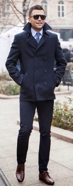 Fall combo inspiration with a navy peacoat white button up shirt with a light blue silk tie sunglasses navy trousers brown shoes. Peacoat Outfit, Mens Peacoat, Style Masculin, Sophisticated Outfits, Mens Fall, Formal, Casual Winter Outfits, Gentleman Style, Stylish Men